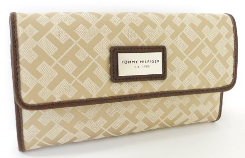 Tommy Hilfiger Womens Wallet in Beige
