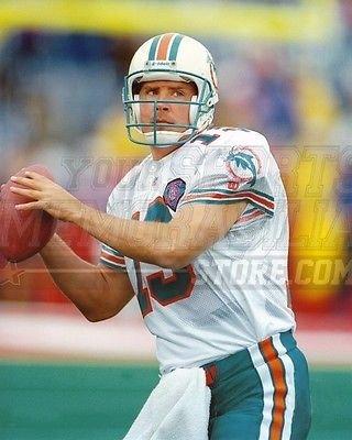 Dan Marino Miami Dolphins quarterback passing 8x10 11x14 16x20 photo 467 - Size 8x10 (Miami Dolphins Best Quarterback)