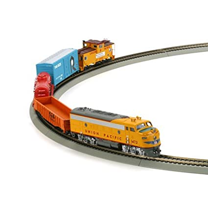 Amazon com: Athearn - HO Warbonnet Express Train Set, UP: Toys & Games
