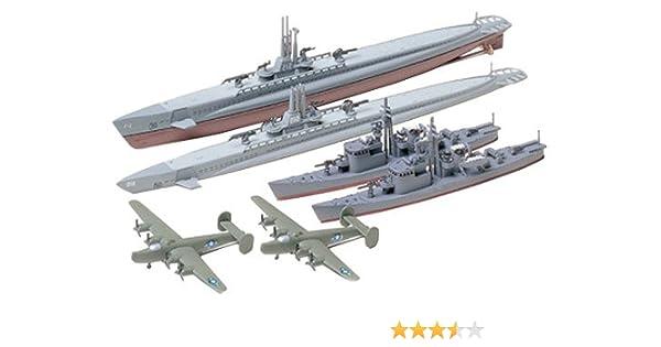 Tamiya US Submarine Gato Class & Japanese Submarine Chaser No.13