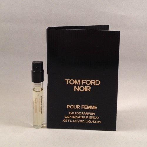 Tom Ford Noir Pour Femme EDP 1.5 Ml/0.05 Oz Spray Sample Vial for Women ()
