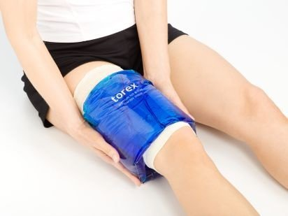 Torex Professional Hot and Cold Therapy - Roll-On Compression Sleeve (Medium) - Reusable Gel Ice Pack for Calf, Knee, and Thigh - fits 10'' to 15''