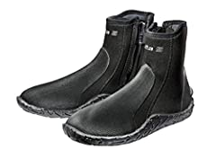 Updated for 2019, the ultra-comfortable Scuba DELTA 5 mm dive boot maintains its rugged design, yet still feels light on the foot. With a sturdy yet flexible outsole and rubberized protective armor, the boot provides excellent protection on t...