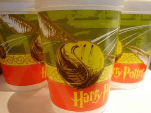 Harry Potter 17oz Plastic Stadium Cup Golden Snitch 4 1/2