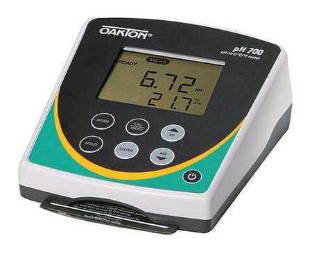 Oakton WD-35419-03 Instruments Series pH 700 Benchtop Meter with All-In-One pH Electrode, 110/220 (Benchtop Meters)