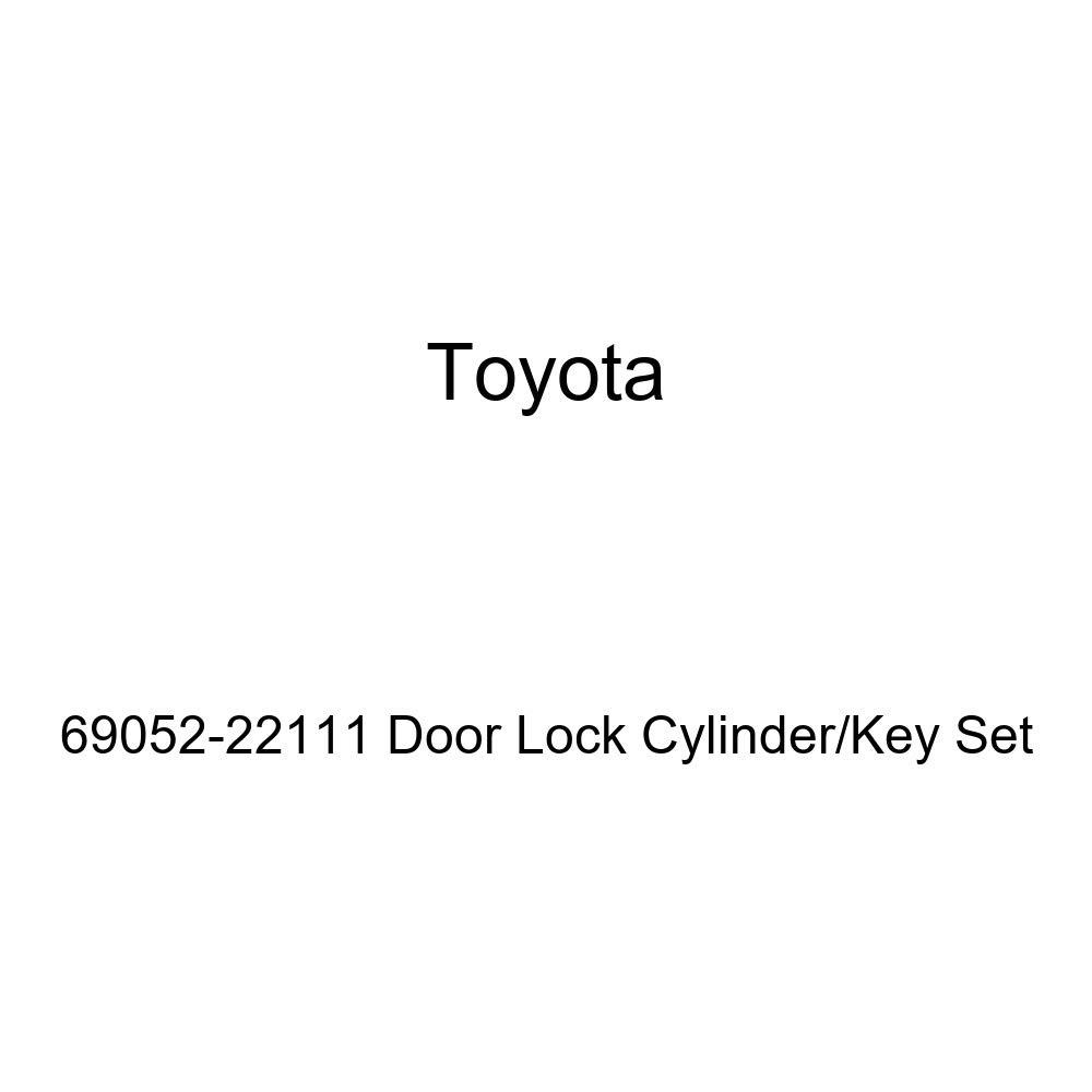 Genuine Toyota 69052-22111 Door Lock Cylinder//Key Set