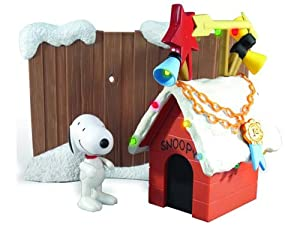 Amazon.com: Peanuts Snoopy Lighted Christmas Doghouse with ...