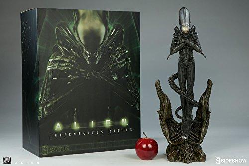 Sideshow Ridley Scott 1979 H.R. Giger Alien Internecivus Raptus Alien Statue
