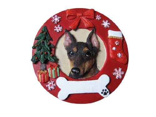 Miniature Pinscher Christmas Ornament Wreath Shaped Easily Personalized Holiday Decoration Unique Miniature Pinscher Lover Gifts ()