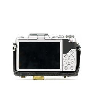 "MegaGear ""Ever Ready"" Protective Leather Camera Case, Bag for Panasonic Lumix DMC-GX850, GX800, DMC-GF9, DMC-GF8, DMC-GF7 with 12-32mm Lens"