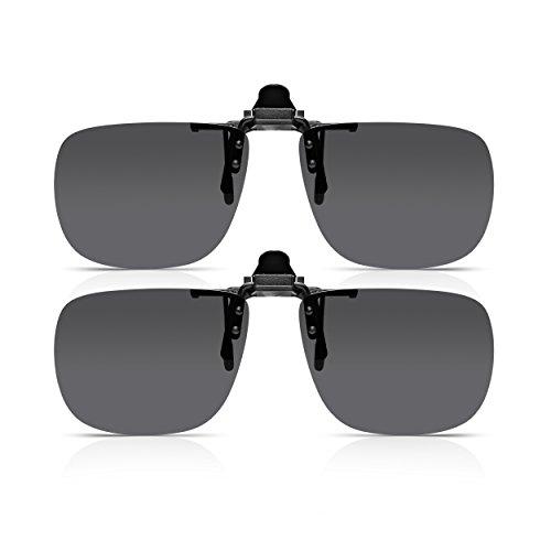 Read Optics DOS PARES Gafas de sol con clip  para hombre   para mujer con  lentes polarizados que se ajustan a los anteojos y los lectores con receta. 5fab0a0a144d