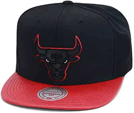 989f6488d90f9 Mitchell   Ness Chicago Bulls Snapback Hat Cap Black Red Faux Leather