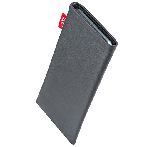 fitBAG Beat Gray custom tailored sleeve for Nokia 6700 classic. Fine nappa leather pouch with integrated microfibre lining for display cleaning
