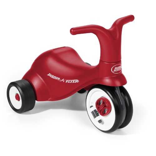 Radio Flyer Scoot 2 Pedal Plastic Tricycle
