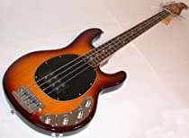 Sterling by Music Man RAY34-HB Bass (4 String, Honey Burst)