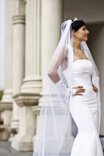 Bridal Veil Diamond (Off)White 1 Tier Cathedral Sequins, Faux Pearls, Bugle Bead by Velvet Bridal (Image #4)