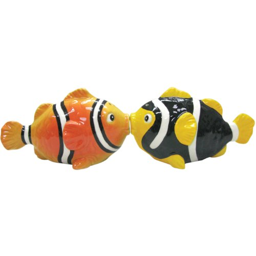 (Westland Giftware Mwah Magnetic Clown Fish Salt and Pepper Shaker Set,)