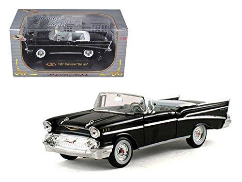 1957 Chevrolet Bel Air Convertible SIGNATURE MODELS Diecast 1:32 Scale