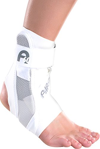 Aircast A60 Ankle Support Brace, Right Foot, White, Medium (Shoe Size: Men's 7.5-11.5 / Women's 9-13) ()