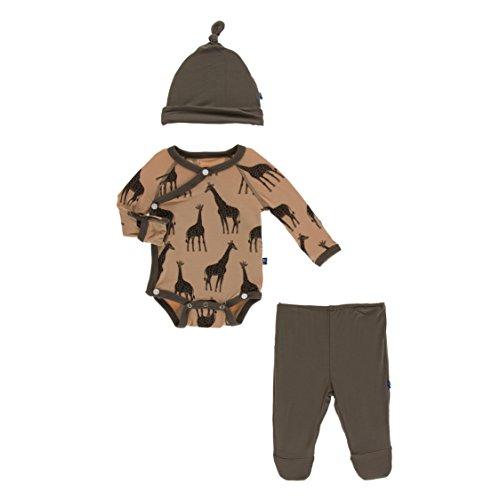 Kickee Pants Little Boys Kimono Newborn Gift Set with Elephant Box - Suede Giraffes, Newborn ()