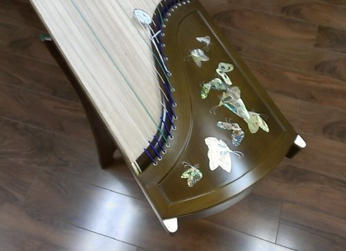Tianyi Collection Golden-thread Nanmu Guzheng with Mica Inlay by Tianyi