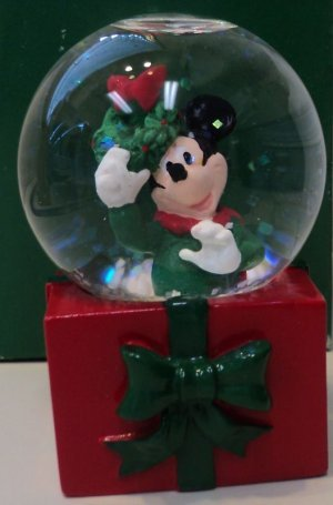 Mickey Mouse 2001 JC Penny's Snow ()