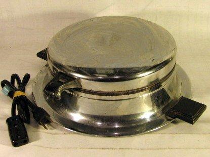 vintage waffle maker - 1