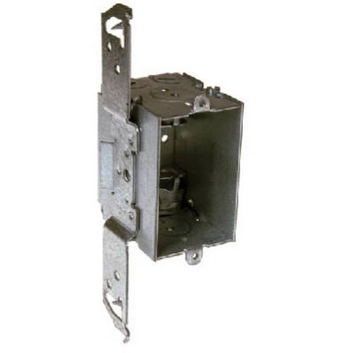 Hubbell-Raco 8524 2-1/2-Inch Deep Gangable Switch Electrical Box with TS Wood/Metal 1/2-Inch Setback Stud Bracket, 2 x 1/2-Inch Knockouts and 4 x NMSC Cable Clamps, 3-Inch x 2-Inch