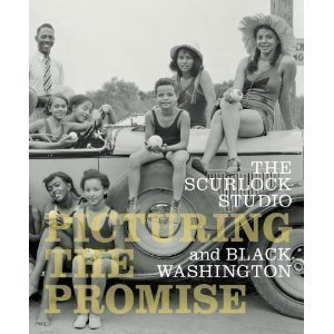 The Scurlock Studio and Black Washington: Picturing the Promise by Donna M. Wells (2009-05-03)