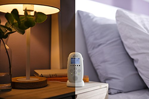 41QfcXEc%2BKL Philips Avent Dect Audio Baby Monitor SCD720/86    DECT technology provides a reliable, private connection to your baby, without interference. Complete reassurance thanks to its crystal clear sound and variety of features. Calm your baby with the comforting night light, and lullabies. Talk-back feature, to talk to your baby remotely. Monitor the temperature in your baby's room on the parent unit display. Night time friendly mode dims display and sound. Energy saving Smart ECO mode for minimal transmission. Range up to 1000 feet outside, and up to 160 feet inside. Excellent 18 hr operating time for overnight monitoring. Convenient docking station for charging.
