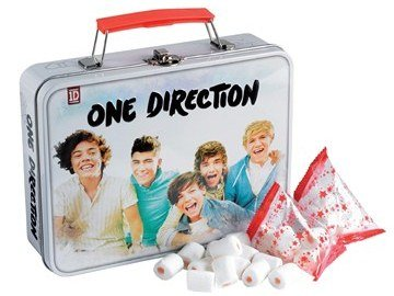 One Direction Gift Tin / Lunch Box filled with mallows  sc 1 st  Amazon UK & One Direction Gift Tin / Lunch Box filled with mallows: Amazon.co ... Aboutintivar.Com