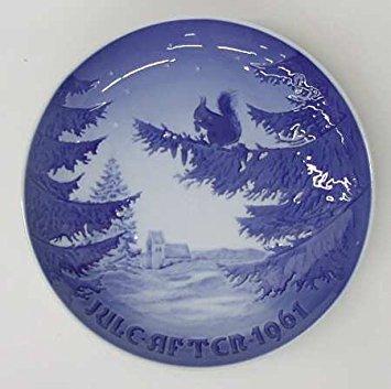 1961 Bing & Grondahl Christmas Plate -- Winter Harmony