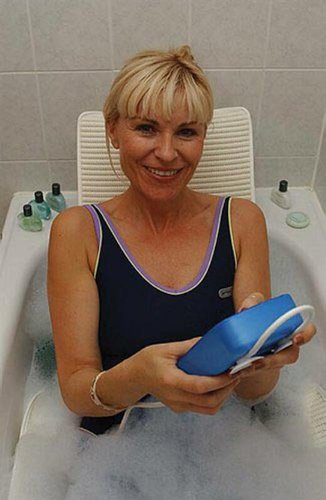 Amazon.com: Drive Medical Aquajoy Premier Plus Reclining Bathlift ...