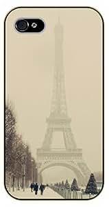 iPhone 5C Foggy Eiffel Tower - black plastic case / Paris, France