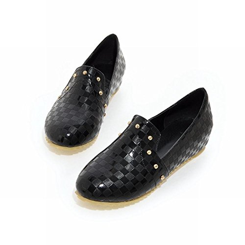 Tonen Glans Womens Klinknagels Verborgen Sleehak Loafer Flats Schoenen Zwart