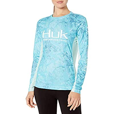 HUK Women's Camo Icon Long Sleeve Shirt Long Sleeve: Clothing