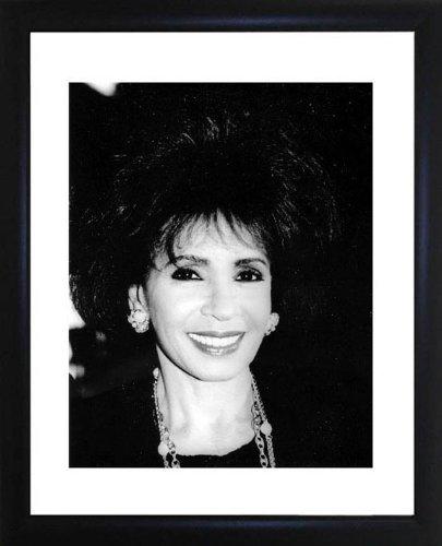 Shirley Bassey Framed Photo