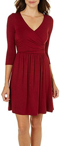 Gilli Womens Ruched Faux Wrap Dress Medium Red