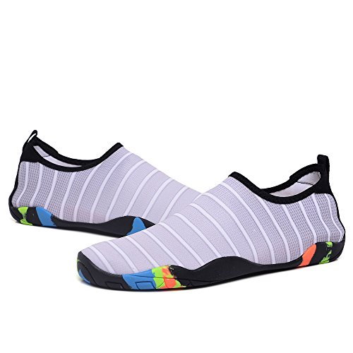 Gomnear Mutifunctional Water Schoenen Barefoot Sneldrogend Mannen Vrouwen Aqua Zwemmen Yoga Surfen Sokken Slip-on Wandelen Lichtgewicht Schoen Grijs