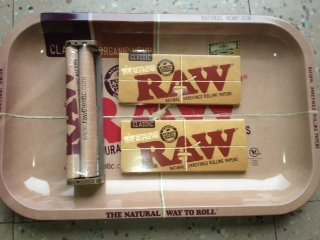 Raw Rolling Tray Small Bundle with Raw 110mm Roller and Raw King Size Supreme Rolling Papers (Small) (Tobacco Products)