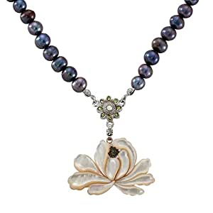 Collar de Madreperla Nácar Diseño de Flor de Loto en Concha 6-7 mm Perla Natural de Agua Salada Cadena Colgante