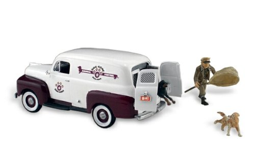 Woodland Scenics Autoscene Dog Gone Animal Control Van w/Figure & Dog HO Scale Woodland Scenics Dogs