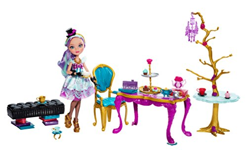 Madeline Tea Set (Ever After High Hat-Tastic Madeline Hatter Doll and Party Display (Discontinued by manufacturer))