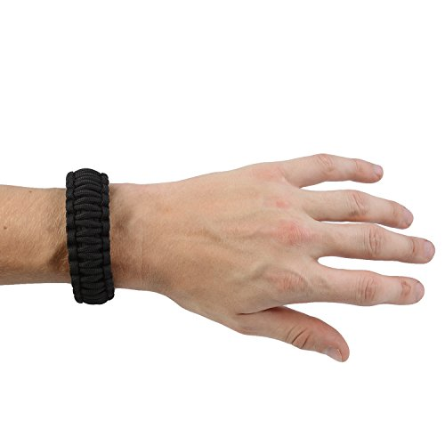 The-Friendly-Swede-Multi-Functional-Paracord-Bracelet-Survival-Kit-Black