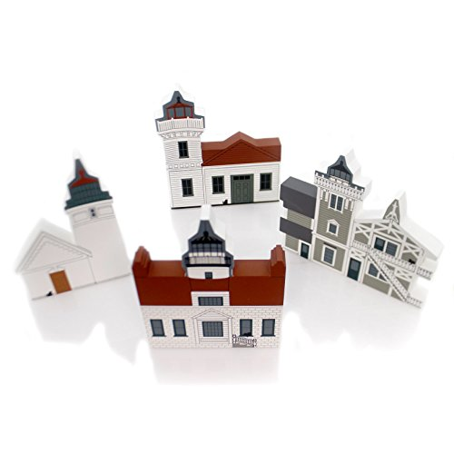 CATS MEOW VILLAGE LASER CUT LIGHTHOUSE SET/4 Set Of 4 Retired Laser Cut Lh (East Lighthouse Brother)