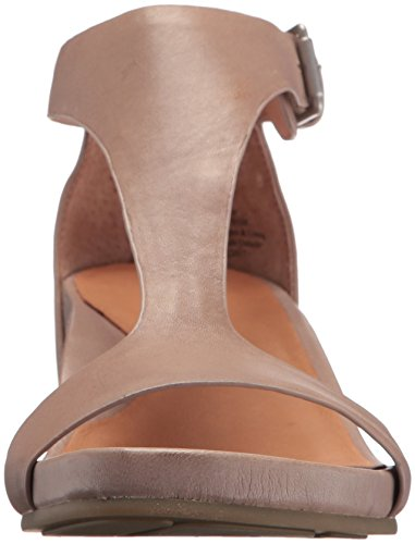 Gentle Souls Women's Gisele Low T-Strap Wedge Sandal Putty EQz2azwr