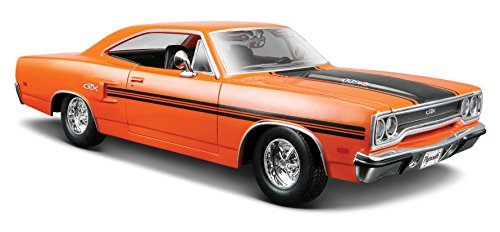 maisto-125-scale-1970-plymouth-gtx-diecast-vehicle
