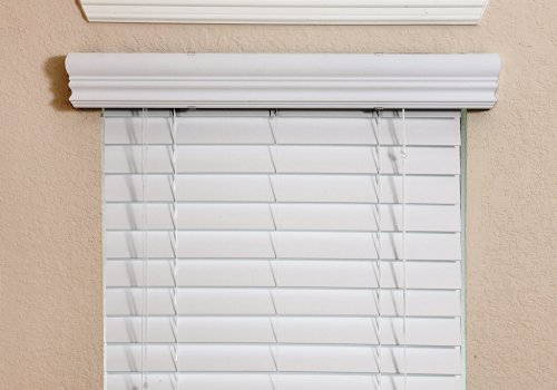 Fauxwood Impressions 36002250 23-Inch by 36-Inch Window Blinds, White