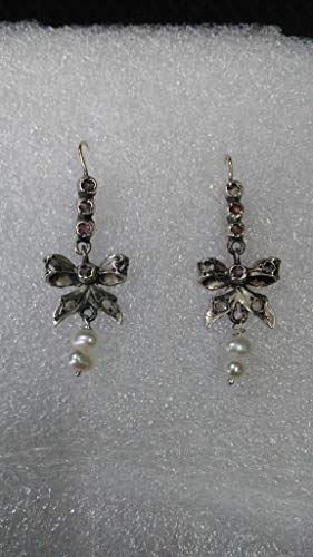 Colonial gold earrings,Bows with white sapphires and pearls. - Gold Filigree Bow