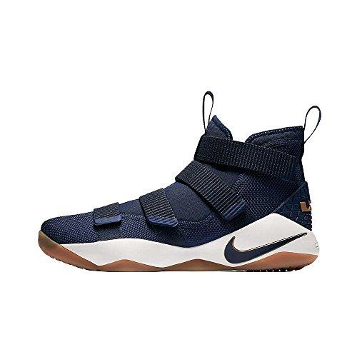 Buy basketball shoes for big guys